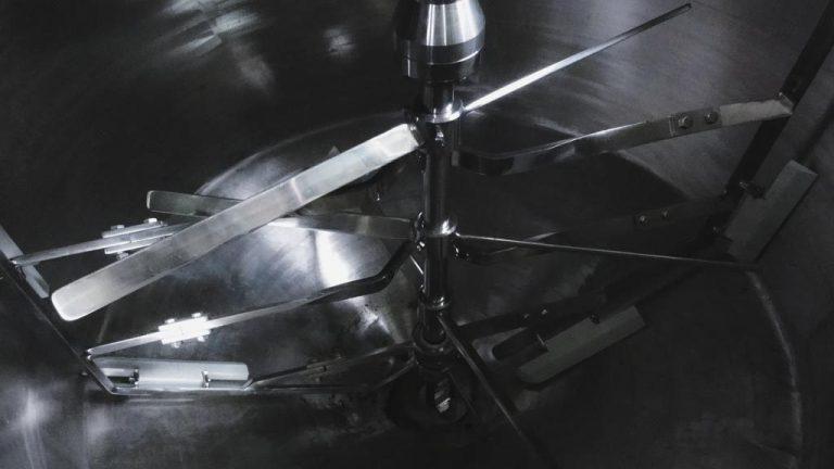 Agitadores para tanques mezcladores: ¿cómo funcionan?